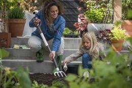 Титановые садовые лопаты и инвентарь
