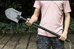 Многофункциональные складные лопаты