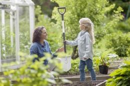Титановые лопаты садовые
