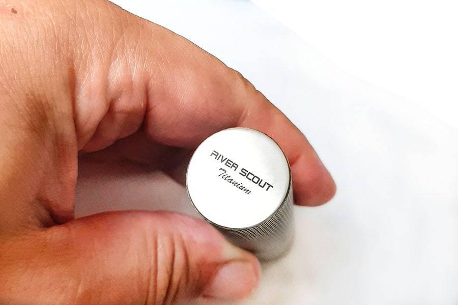 Брелок контейнер для таблеток из титана River Scout Rolling XL-Sizeконтейнер для таблеток из титана River Scout Rolling XL-Size