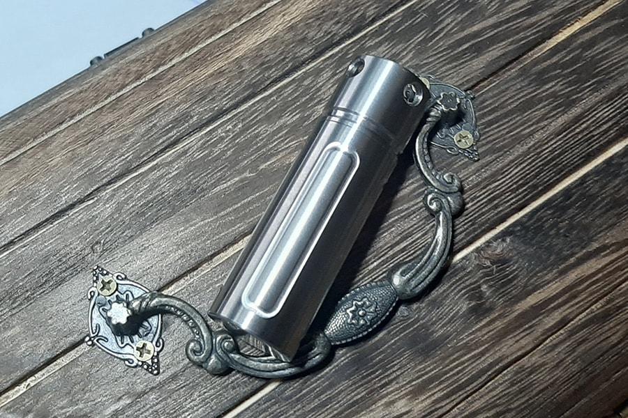 Титановая таблетница-брелок Ti-Line