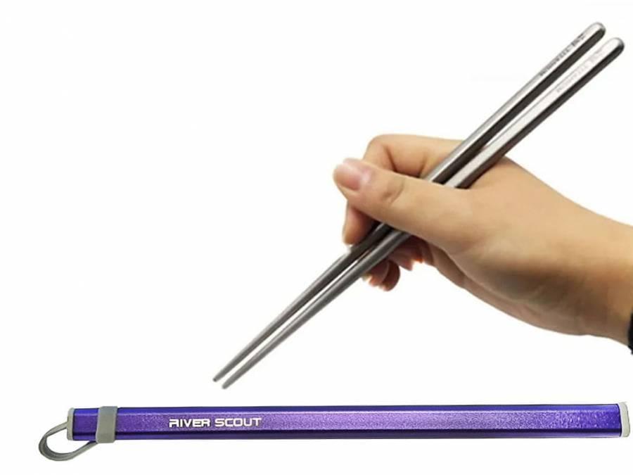 Титановые палочки для суши River Scout 19 см в футляре синего цвета