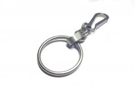 Титановый карабин с цепочкой и кольцом (брелок)